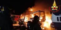 Ancona, incendio camion