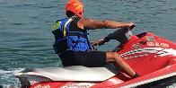 Ancona, soccorso nella spiaggia di Pietralacroce
